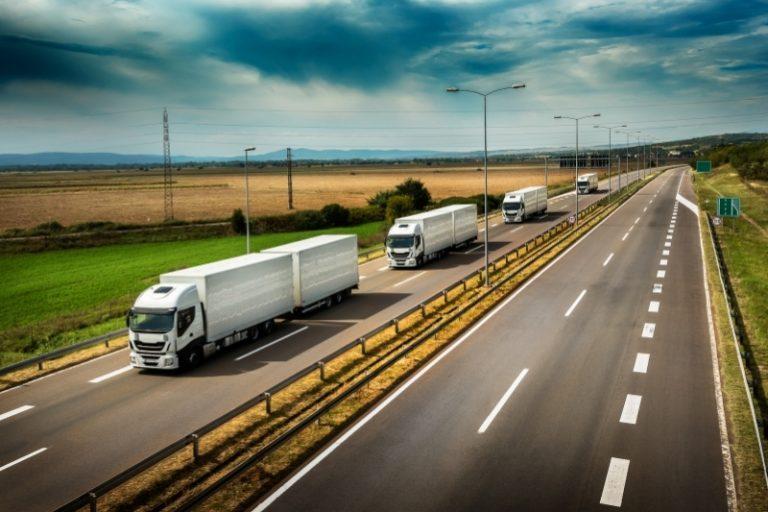 e-toll ciężarówki na autostradzie